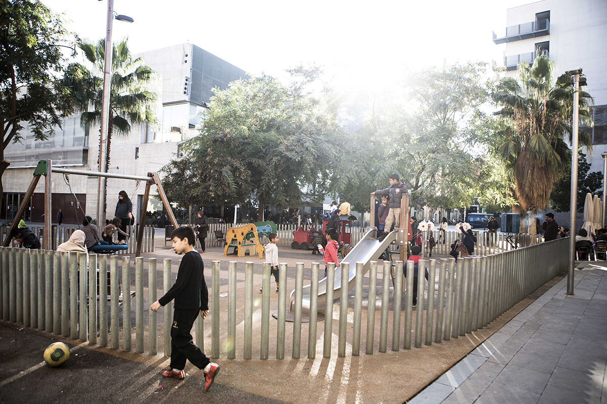 Salvador Seguí Square, playground